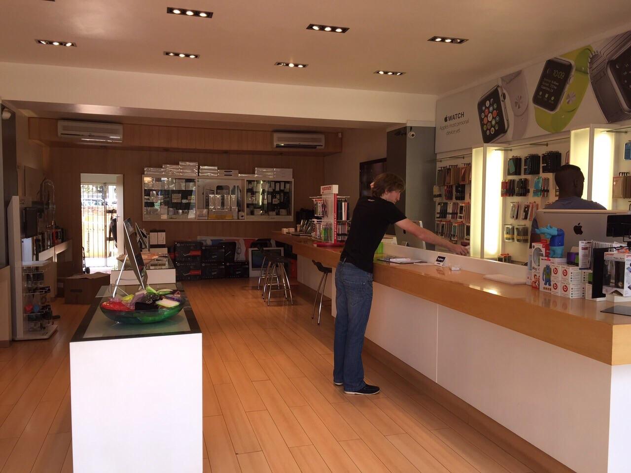 shop-inside2